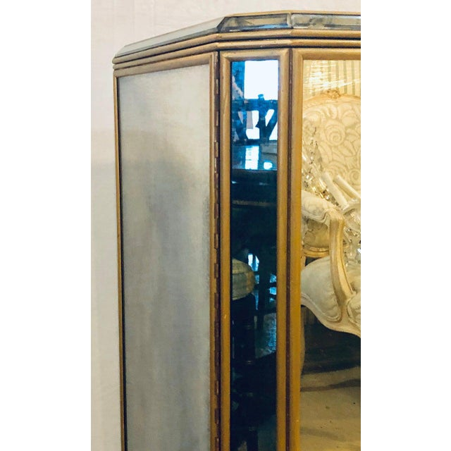 Wood Hollywood Regency Midcentury Antiqued Mirrored Two-Door Bar or Serving Cabinet For Sale - Image 7 of 13