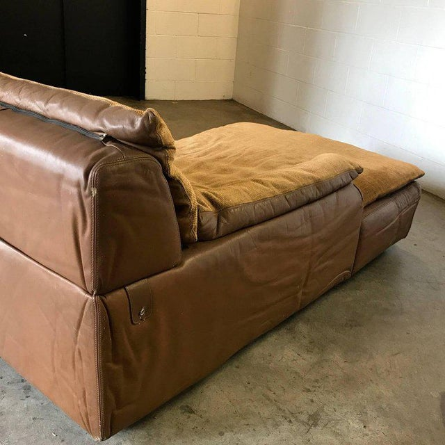 Lovely Glamorous Suede Leather Daybed Signed by Rossi di Albizzate ...