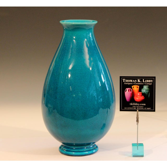 Turquoise Robertson Hollywood Ca Pottery Art Deco Turquoise Crackle Glaze Vintage Vase For Sale - Image 8 of 9
