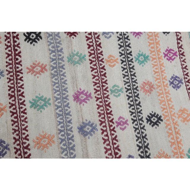Traditional Vintage Tradition Turkish Kilim Rug - 2′ × 3′6″ For Sale - Image 3 of 10