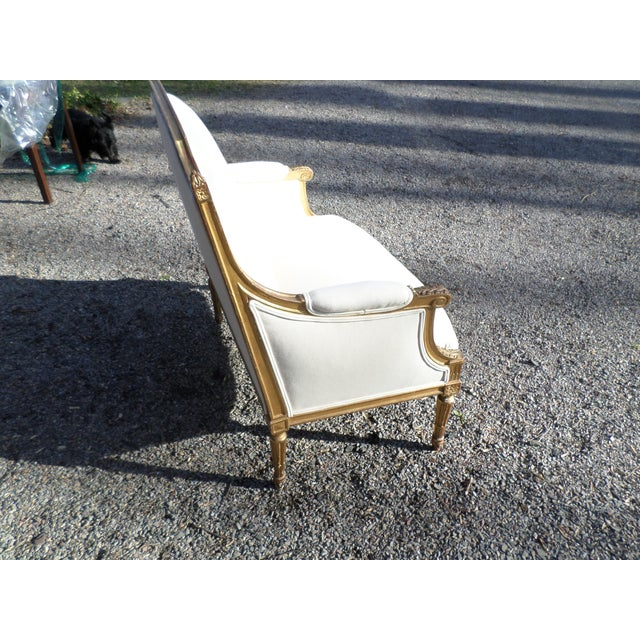 Louis XVI Style Giltwood Settee For Sale - Image 4 of 13