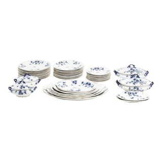 Mid 19th Century English Flow Blue Dinnerware Set - Set of 47 For Sale