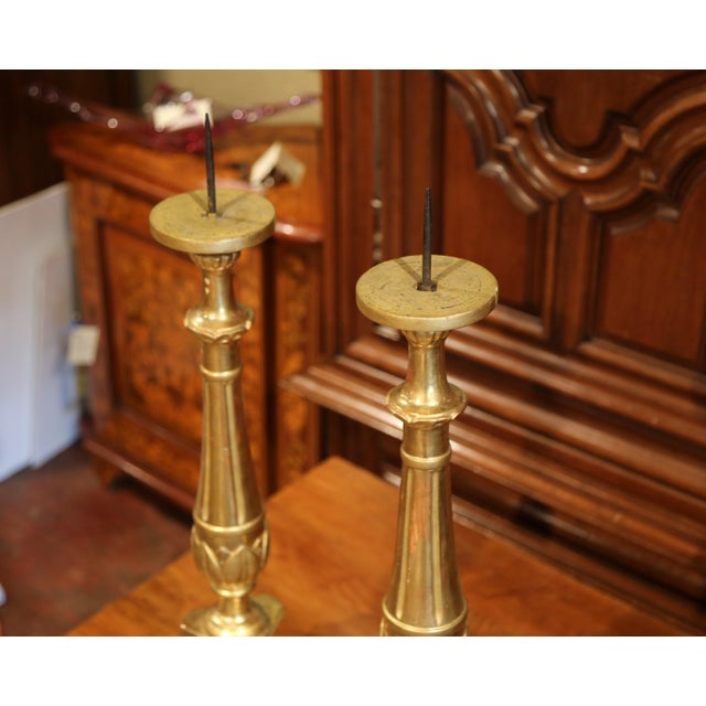 Italian 19th Century Italian Carved Giltwood Cathedral Candlesticks - a Pair For Sale - Image 3 of 8