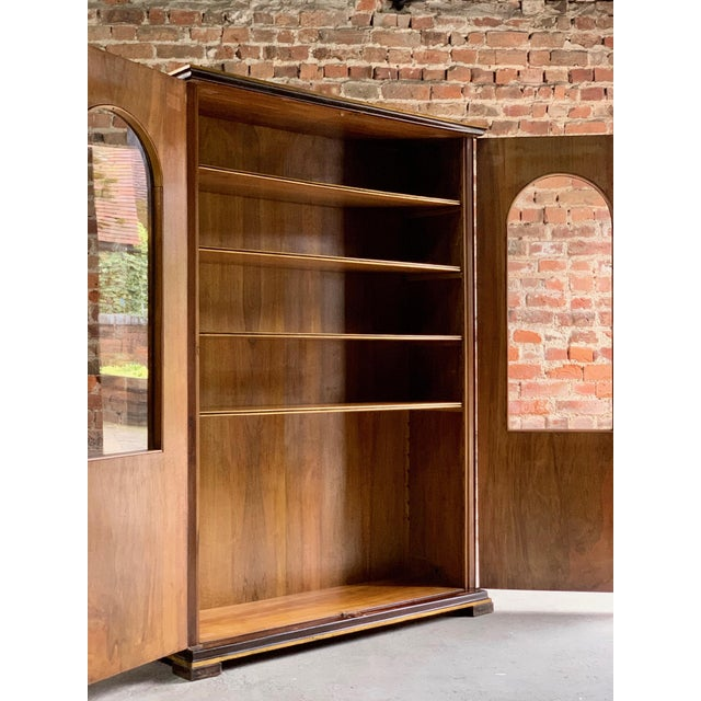 Tomaso Buzzi Burr Walnut Display Cabinets Bookcases, Italy, circa 1929 - A Pair For Sale - Image 9 of 12