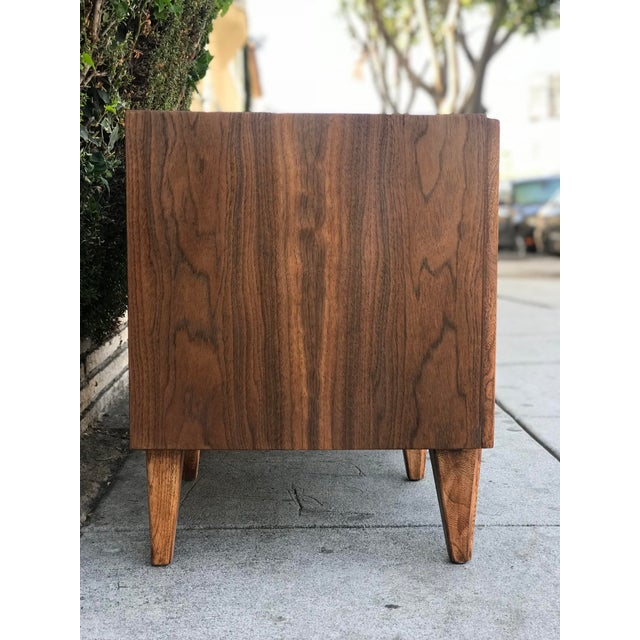 Brown Pair of Mid Century Modern Nightstands by American of Martinsville For Sale - Image 8 of 12