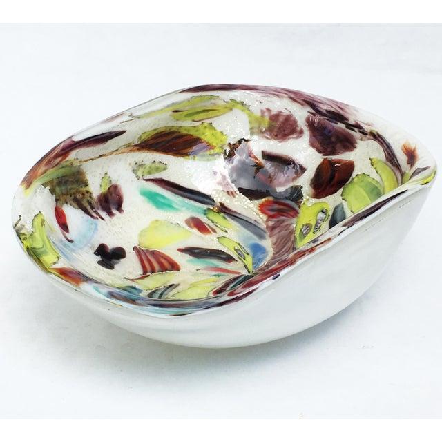 Glass Vintage A.Ve.M. Multicolored Millefiori Venetian Bowl For Sale - Image 7 of 9