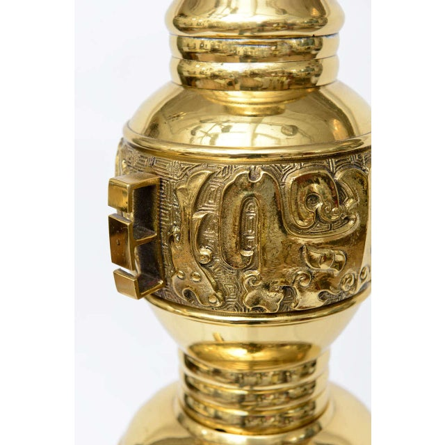 Hollywood Regency Brass Table Lamp in the Style of James Mont - Image 4 of 9