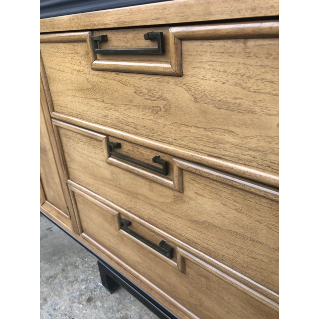 American of Martinsville Mid Century Chinoiserie American of Martinsville Dresser For Sale - Image 4 of 13