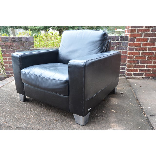 Natuzzi Natuzzi Italian Modern Black Leather Club Chair For Sale - Image 4 of 9