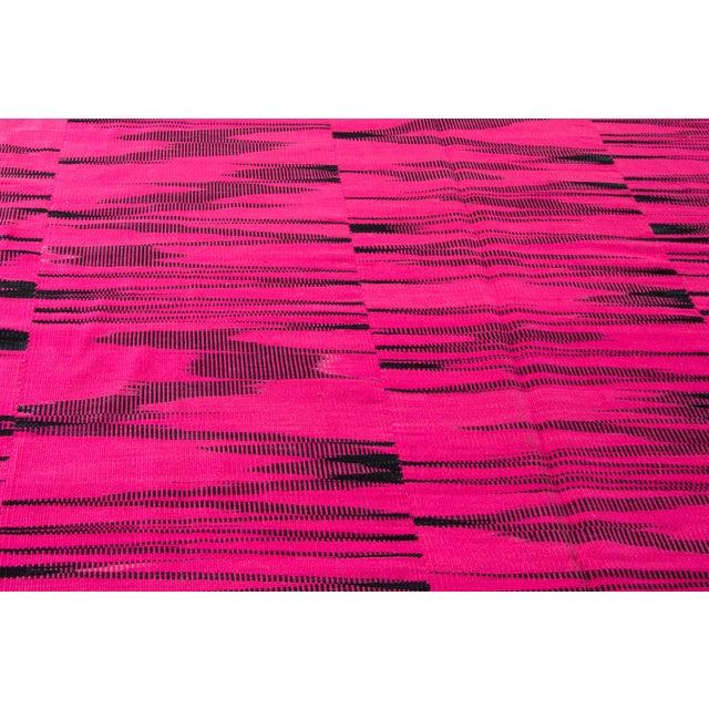 2010s 21st Century Pink or Black Geometric Turkish Kilim Rug For Sale - Image 5 of 9