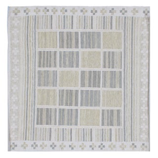 Stark Studio Rugs Contemporary Flatweave 50% Bamboo Silk/30% Banana Silk/20% Wool Rug - 9′ × 12′ For Sale