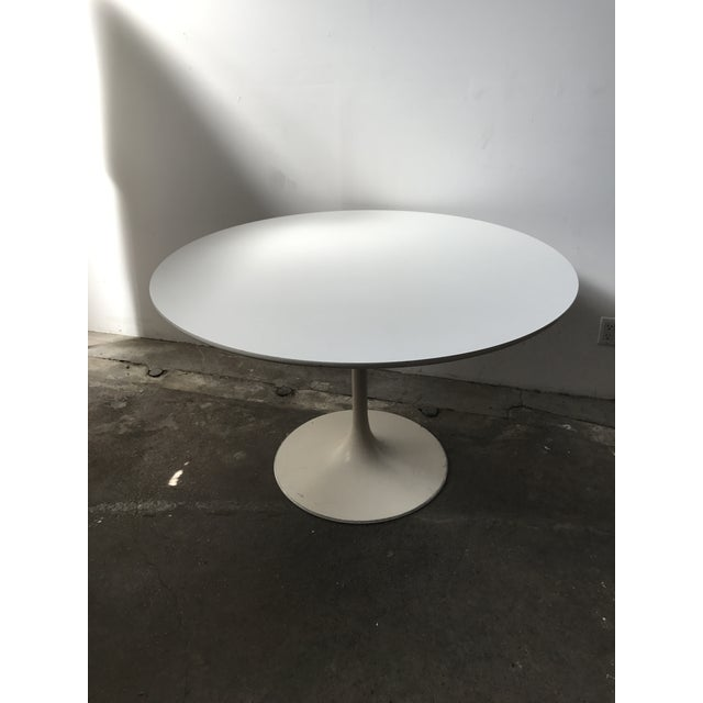 Burke 1960s White Tulip Dining Table - Image 2 of 12