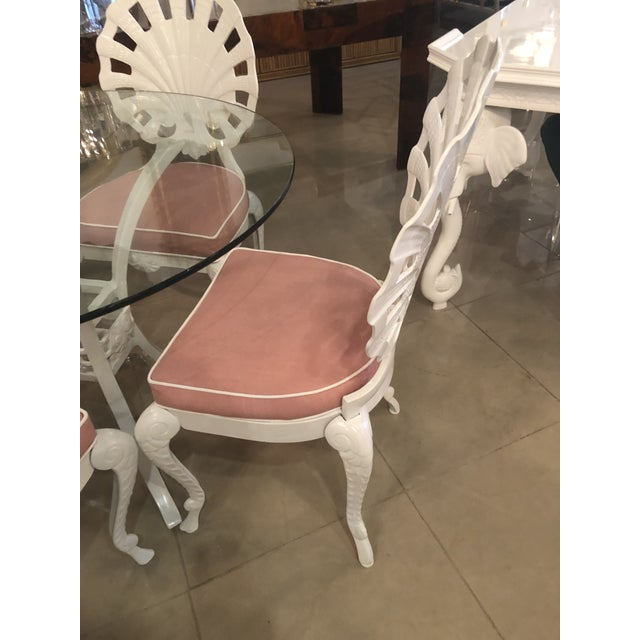 Hollywood Regency Vintage Brown Jordan Grotto Shell Back White Powdercoated Patio Chairs and Table -Set of 5 For Sale - Image 3 of 13