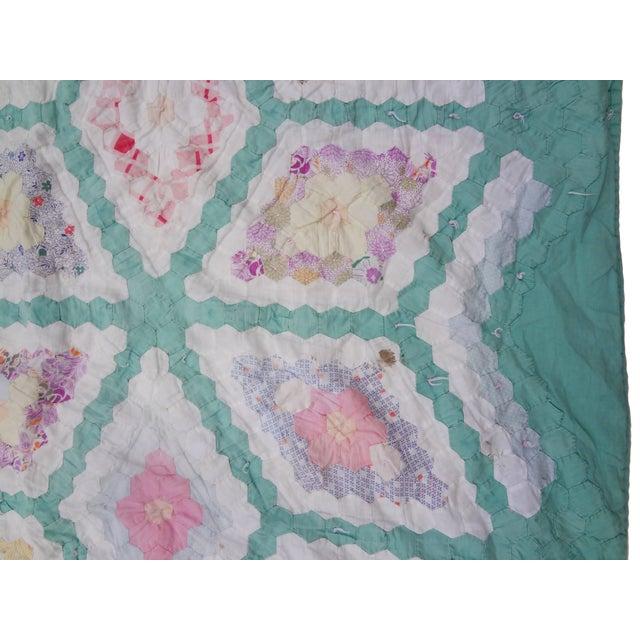 White Grandmother's Flower Garden Hexagon Quilt C. 1943 For Sale - Image 8 of 10