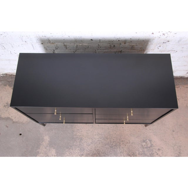 Paul McCobb Planner Group Mid-Century Modern Black Lacquered Six-Drawer Dresser, Newly Restored For Sale - Image 9 of 13