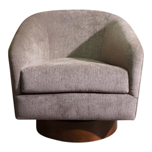 Milo Baughman Swivel Tub Chair - Image 1 of 7