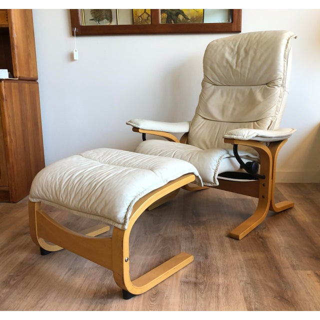 1970s Ingmar Relling for Ekornes Vintage Leather Siesta Recliner Chair With Ottoman For Sale - Image 5 of 9