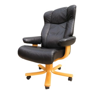 Vintage Norwegian Hjellegjerde Mobler Leather Executive Desk Chair For Sale