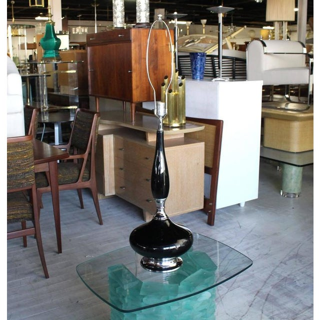 Mid-Century Modern Black Pottery and Chrome Fenial Shape Table Lamp For Sale - Image 6 of 7