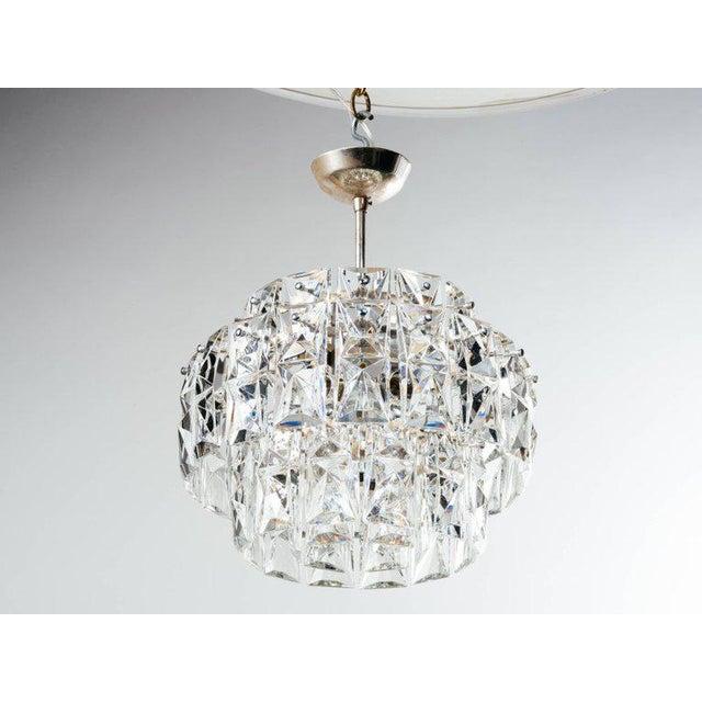 German Mid-Century Modern Faceted Crystal Chandelier by Kinkeldey For Sale - Image 9 of 11