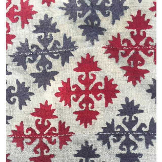 1950s 1950s Boho Chic Embroidered Kilim With Pop Colors For Sale - Image 5 of 8