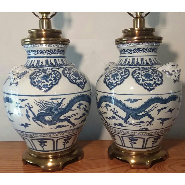 1960s 1960s Paul Hanson Blue & White Chinoiserie Dragon Porcelain Table Lamps - A Pair For Sale - Image 5 of 12
