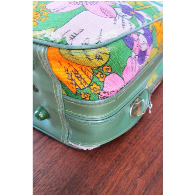 Vintage 60's Floral Fabric Overnight Suitcase - Image 6 of 7