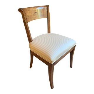 1980s Vintage Classic Walnut Side Chair For Sale