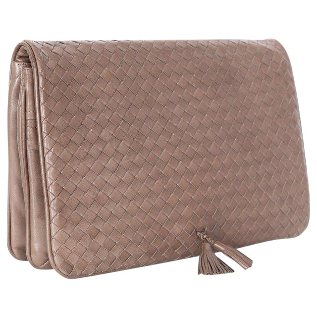 be0dd36baef2 Vintage Bottega Veneta Intrecciato Leather Tassel Clutch Bag For Sale