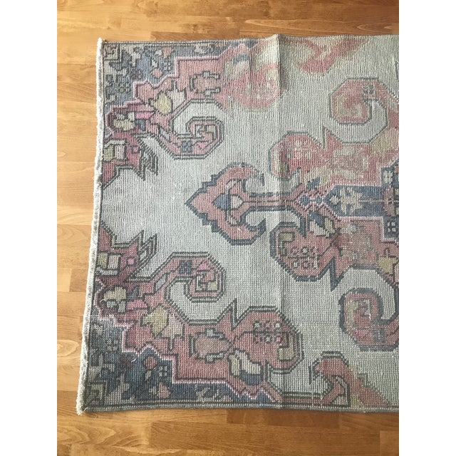 1980s Vintage Handmade Turkish Oushak Rug- 3′9″ × 7′3″ For Sale In Raleigh - Image 6 of 12