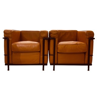 Le Corbusier Cassina Lc2 Lounge Chairs - a Pair For Sale