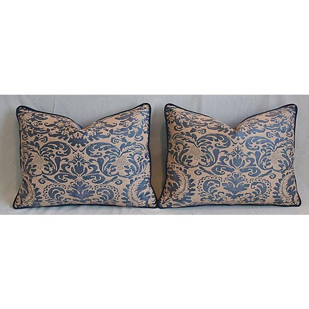 "Fortuny Italian Mariano Fortuny Corone Feather/Down Pillows 24"" x 18"" - Pair For Sale - Image 4 of 11"
