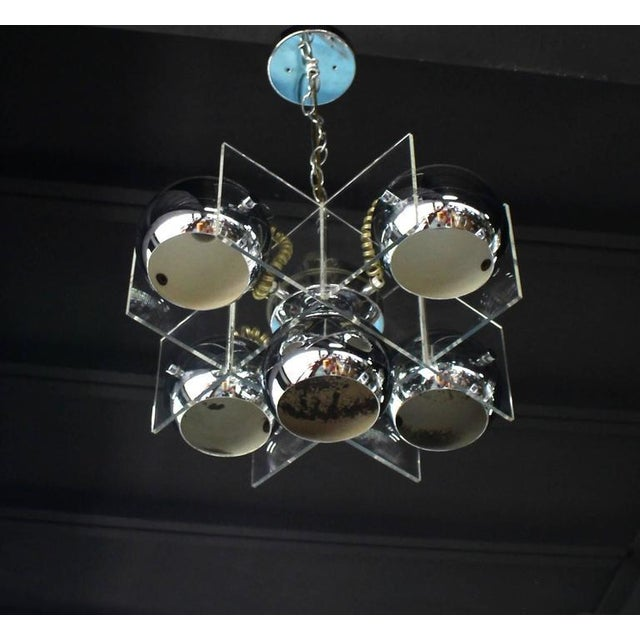 Lucite and Chrome Domes Mid-Century Modern Light Fixture For Sale In New York - Image 6 of 7