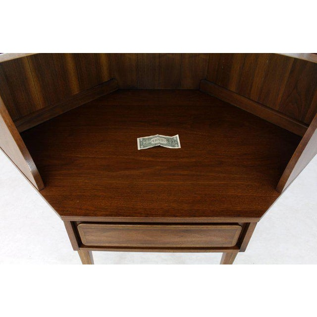 Mid-Century Modern Two-Piece Walnut Corner Desk Table Bookcase Hutch For Sale - Image 10 of 12