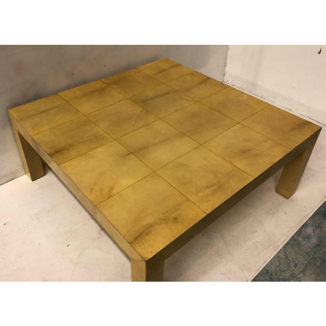 Karl Springer modern lacquered coffee table in very good condition. It dates to the 70s.