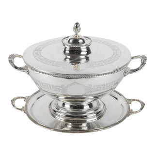 Old English Sheffield Silver Plated / Copper Covered Tureen For Sale