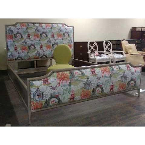 Mid-Century Modern Henredon Furniture 1945 Collection Catherine Grey Makore Queen Panel Bed with Chinoiserie Fabric For Sale - Image 3 of 12