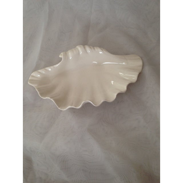 English Creamware Shell Bowl - Image 2 of 4