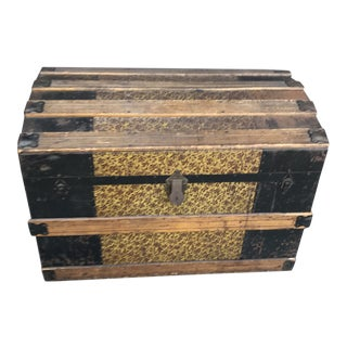 19th Century Traditional American Steamer Trunk For Sale