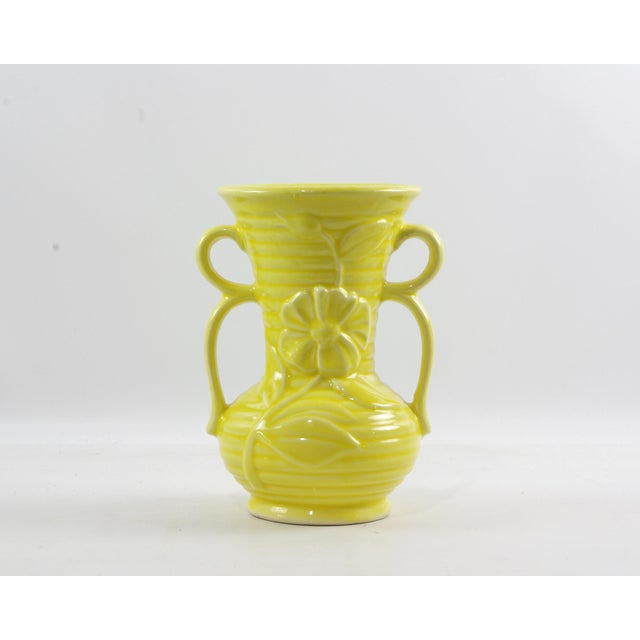 1950s Shawnee Pottery Yellow Vase With Handles For Sale - Image 9 of 9