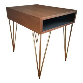 Mid-Century Modern Refinished Todd Oldham End Table For Sale