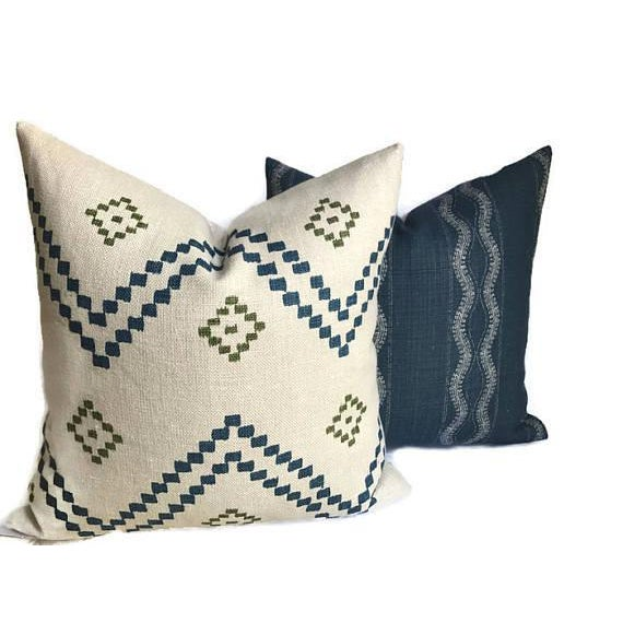 Zanzibar Indigo Blue Linen Pillow Cover For Sale - Image 4 of 5