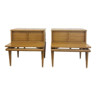 Mid Century Modern Pair of Nightstands by Kent Coffey For Sale