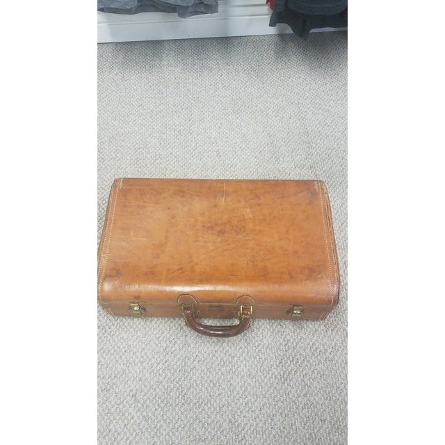 Mid-Century Modern Hartmann Leather Suitcase For Sale In Dallas - Image 6 of 6