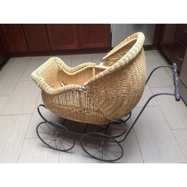 Early 1900's Victorian Baby Wicker Buggy For Sale - Image 10 of 10