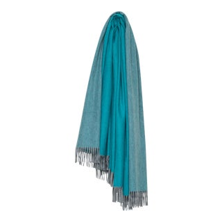 Arran Reversible Cashmere Throw, Light Gray and Teal For Sale