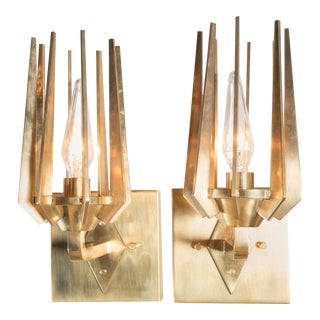 Pair of Mid-Century Pronged Sconces in Polished Brass in the Manner of Gio Ponti