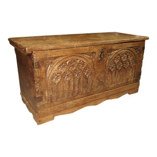 Early 18th Century Walnut Wood Trunk From France For Sale