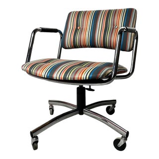 Mid Century Modern Restored Adjustable Office Chair by Steelcase For Sale