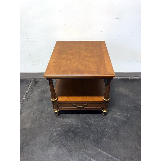 Mid-Century Modern Henredon Mid Century Era Neoclassical Style Side End Table For Sale - Image 3 of 10